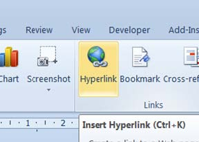 a screenshot showing how to add a hyperlink to a word document