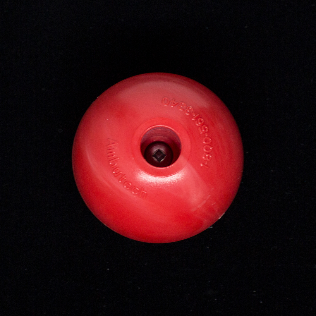 Large red ball tip for a cane
