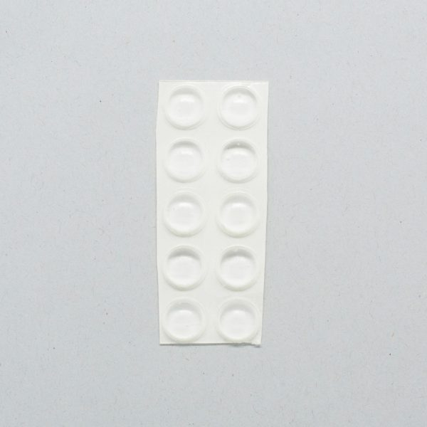 Round clear bump-on tactile labels