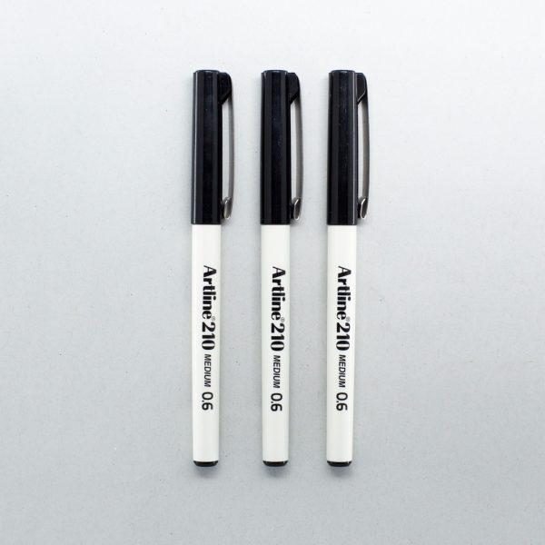 3 Artline medium tip pens